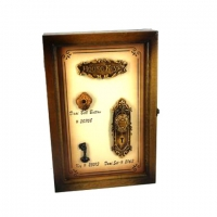 Ключница настенная для ключей деревянная 05B-239