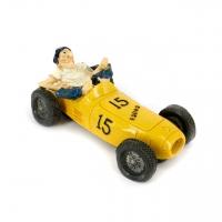 Копилка гонщик на ретро автомобиле желтый 3F8200 Decos