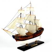Модель корабля парусник Bounty 30 см С20-3 Two Captains