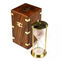 Сувенирные песочные часы NI299A в деревянном футляре на 5 минут Two Captains