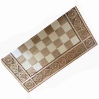 Шахматы и нарды деревянные с орнаментом средние