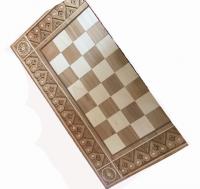 Шахматы и нарды из дерева с орнаментом большие