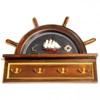 Вешалка для одежды в морском стиле со штурвалом и моделью парусника 6032-48