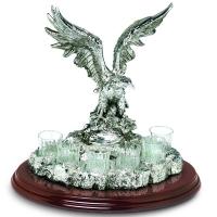Набір для горілки на 6 чарок з декором у вигляді статуетки орла Chinelli