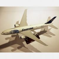 Модель пассажирского самолета Boeing 777-200 46 см Decos