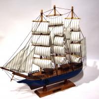 Модель корабля парусника из дерева 50 см 85018 Two Captains