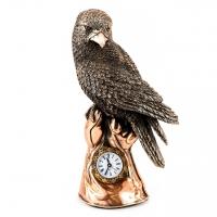 Статуэтка сокол на руке настольные часы E190