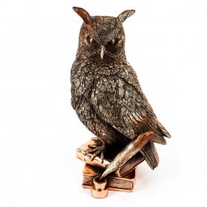 Статуэтка сова на книгах E433
