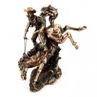 Статуэтка ковбой на лошади T209