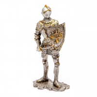 Статуэтка рыцаря с топором HH-F019