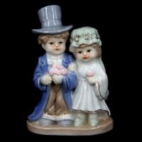 Статуетка з порцеляни дівчина і хлопчик 0007