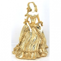 Статуэтка женщины в классическом платье 10184