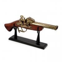 Пистолет зажигалка настольная 1818