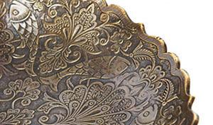 Бронзовый сувенир - конфетница с орнаментом - фото darunok.ua