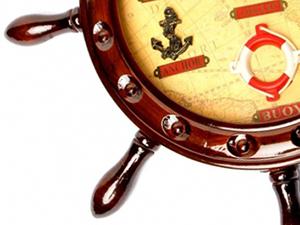 Презент в морському стилі - годинник у вигляді штурвала - фото darunok.ua
