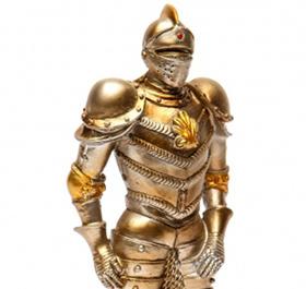 Декоративна фігурка лицаря в обладунках - фото darunok.ua
