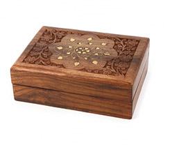 Шкатулка - хороший сувенир для бабушки на юбилей - фото интернет-магазина darunok.ua