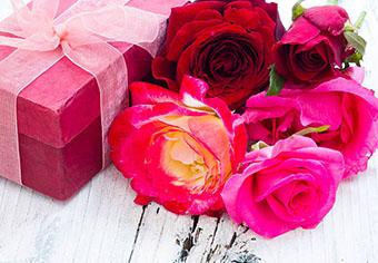 Цветы для свекрови в тон упаковки - фото darunok.ua
