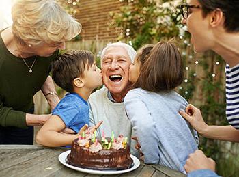 Теплое поздравление для дедушки на юбилей 80 лет - фото интернет-магазина darunok.ua