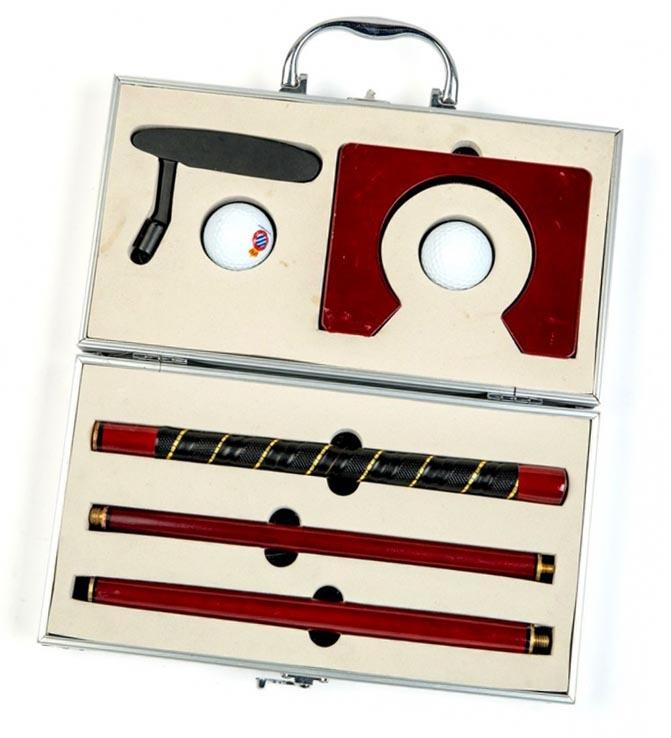 Офисный набор для игры в гольф - идеальный новогодний сувенир тестю - фото интернет-магазина darunok.ua