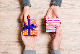 Взаємні подарунки на 3 роки весілля - фото інтернет-магазин darunok.ua