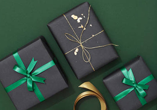 Варианты упаковки подарков для парня Близнеца - фото darunok.ua