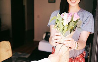 Подарунок жінці раку на день Роден - фото інтернет-магазину darunok.ua