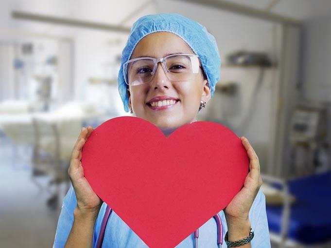 Медсестра - фото интернет-магазина darunok.ua