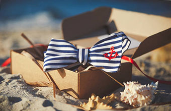 Подарок моряку с тематическим декором - фото darunok.ua