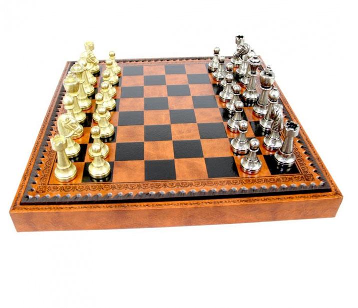 Шахматы подарочные - невероятный сувенир для таможенника - фото интернет-магазина darunok.ua