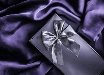 VIP подарунок в шикарній в елітній упаковці - фото darunok.ua