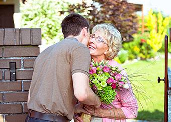 Душевне привітання на День матері - фото інтернет-магазину darunok.ua