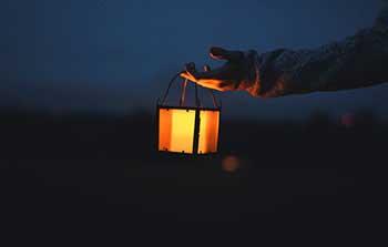 Хороший подарунок світильник для декору - фото darunok .ua