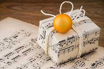 Идея для упаковки подарка - фото Дарунок