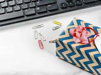 Бюджетные подарки коллегам - фото darunok.ua