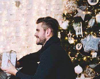 Новорічне привітання і презент - фото darunok .ua