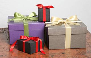 Упаковані презенти на День народження батька - фото darunok.ua