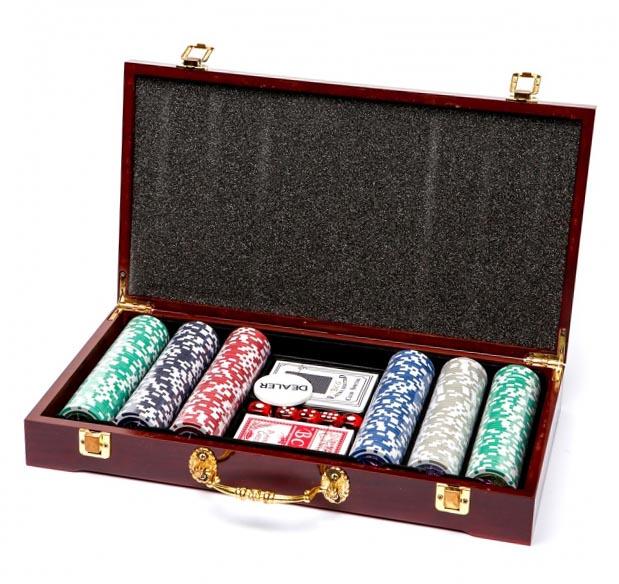 Покерний набір на 300 фішок - ідеальний сувенір - фото інтернет-магазину darunok.ua
