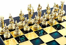 VIP фигуры на элитной шахматной доске - фото интернет магазина darunok.ua