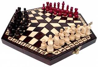 Шахи на трьох - оригінальний подарунок - фото інтернет магазину darunok.ua