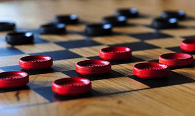 Оригинальный сувенир шашки  - фото darunok.ua