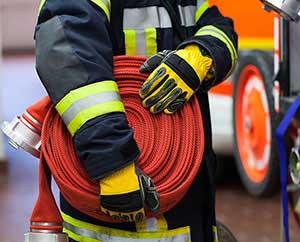Профессия пожарника очень важна - фото darunok.ua