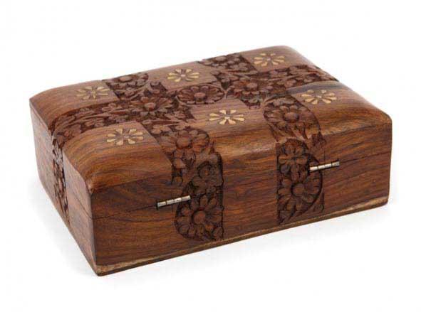 Дерев'яна шкатулка - чудовий сувенір - фото Дарунок