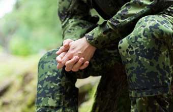 Найкращі побажання для військового - фото Дарунок