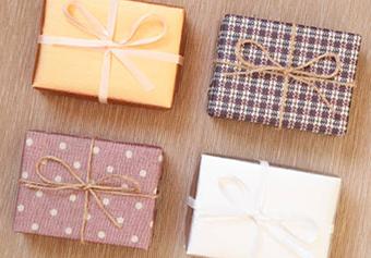 Доступные сувениры на День рождения - фото Дарунок