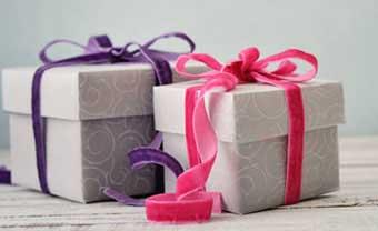 Подарунки на рубінову річницю чоловіку і дружині - фото Дарунок