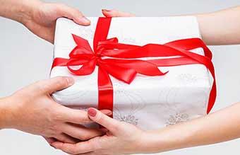 Подарки с теплыми пожеланиями - фото darunok.ua