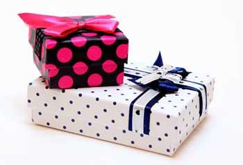 Варіанти упаковки подарунків - фото Дарунок