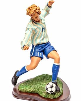 Подарункова статуетка футболіст з м'ячем - фото darunok .ua