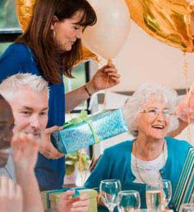 Поздравление для мамы на юбилей 70 лет - фото darunok.ua